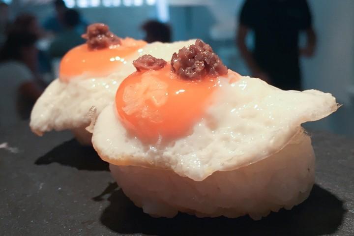 Huevo de codorniz con trufa